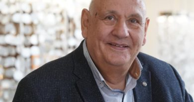 Dr. Stephan Stein
